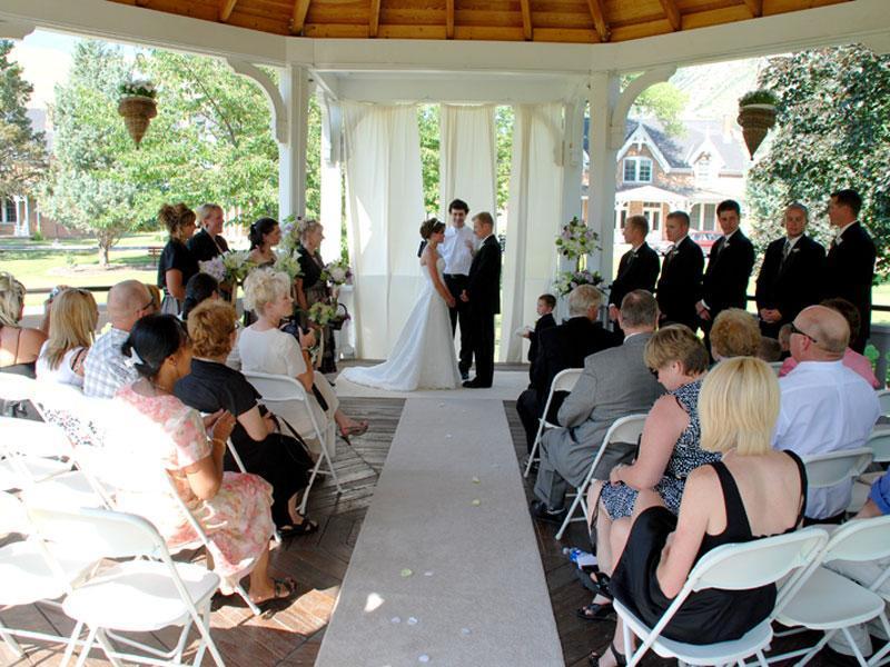 University Of Utah Weddings University Guest House In Salt Lake